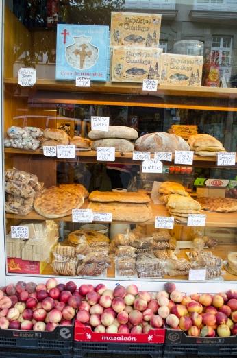 Homemade breads and fresh fruit in Santiago de Compostela.
